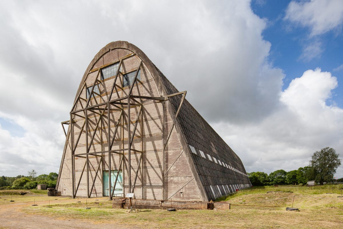 Façade du hangar à dirigeables d'Ecausseville