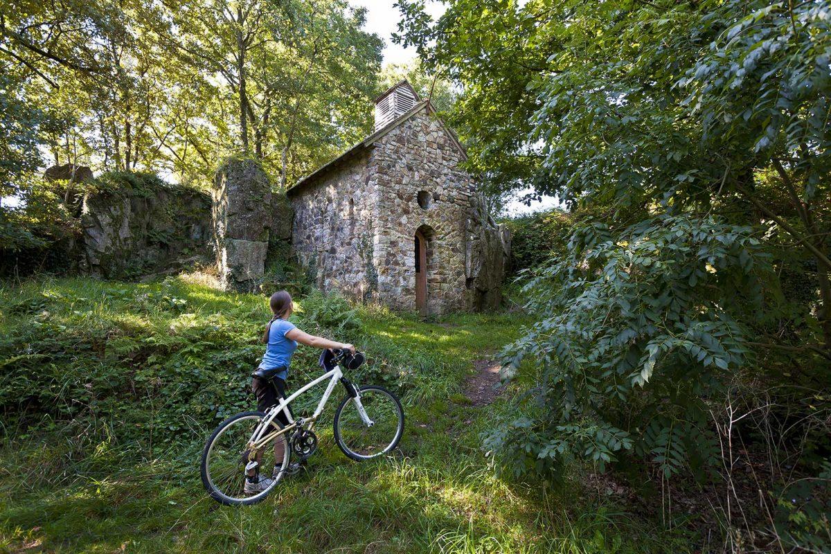 Cycliste à Mortain
