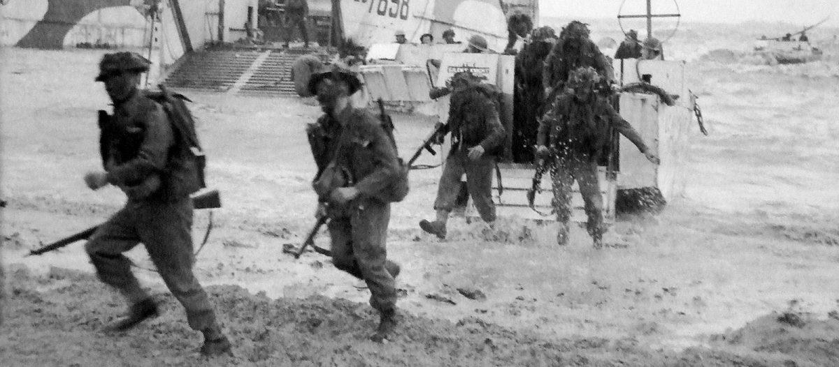Sbarco nel settore di Gold Beach - Archives D-Day