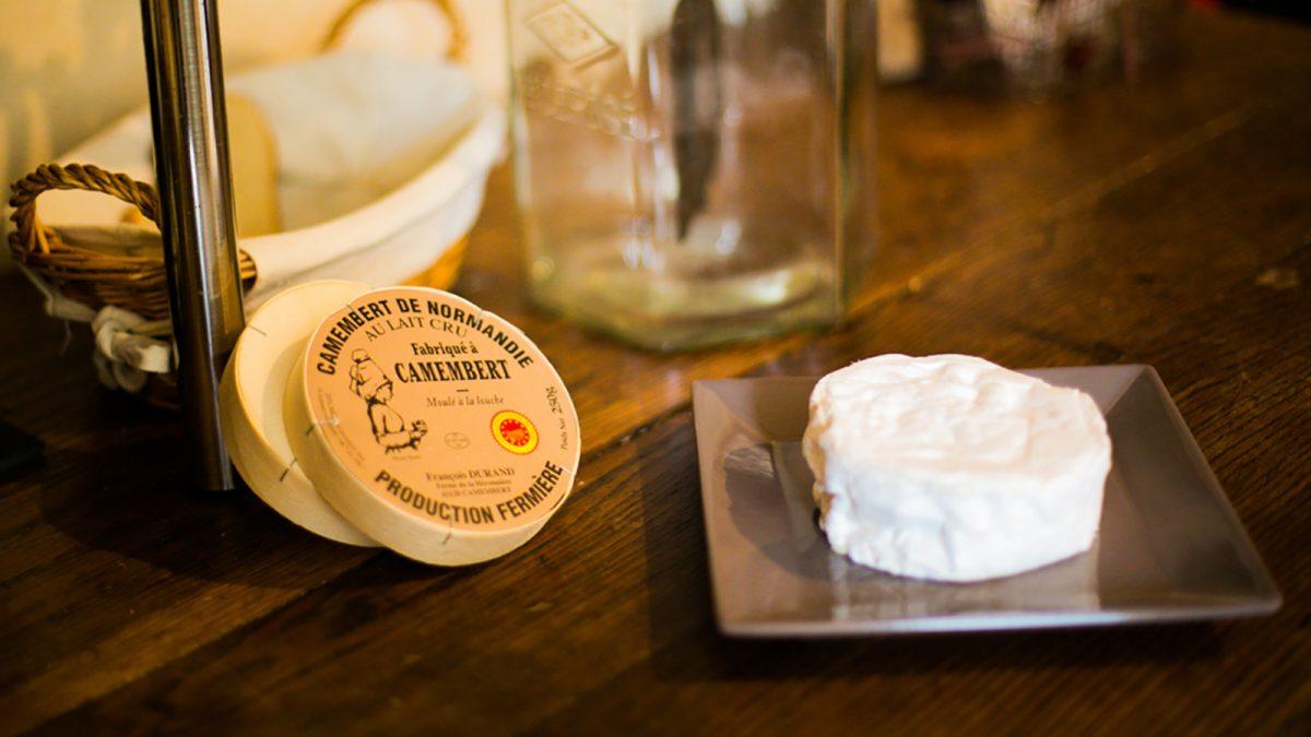 Camembert de Normandie au lait cru - Fromagerie Durand