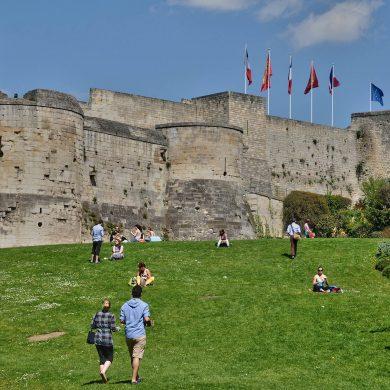 Parcheggi gratuiti e a pagamento a Caen